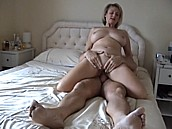 Amateur Busty Mom Having Sex :: Her boobs are just huge